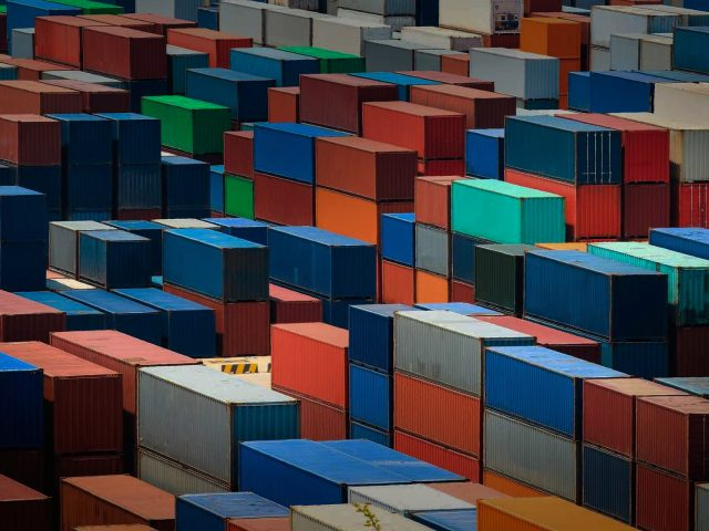 Containers-slider-640x480.jpg